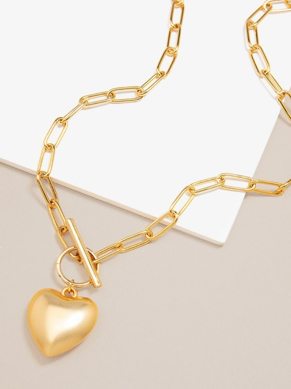 Matte Chain and Heart Pendant Necklace