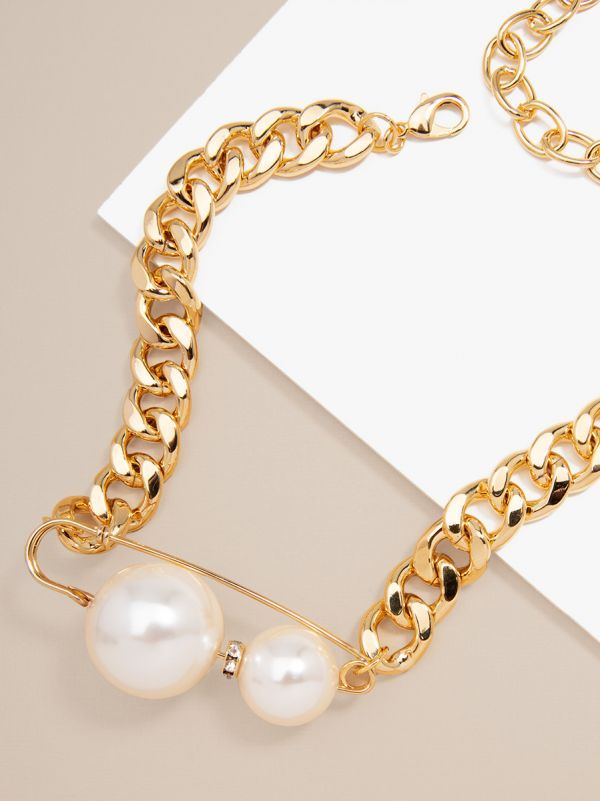 Gold Chain With Pearl Collar Necklace
