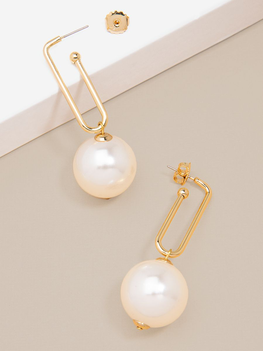 Oblong Link And Pearl Drop Earring